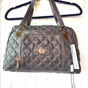 NWT RETAIL $1275  MARC JACOBS GREY QUILTED BAG